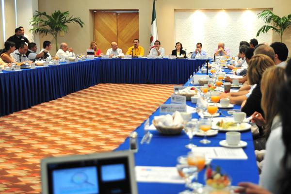 Buscarán empresarios dar independencia a Comité de Transparencia