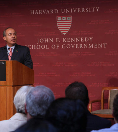 Se refugiará Calderón en Harvard al concluir su mandato, confirma Presidencia