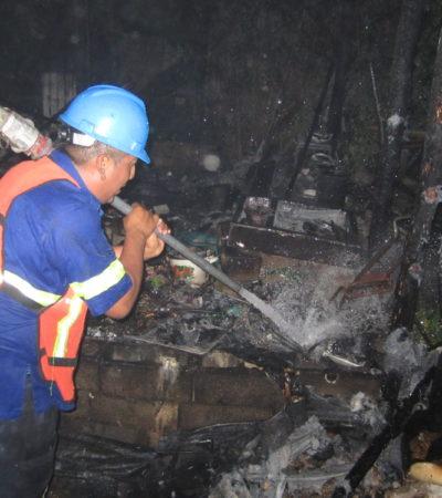 Consume incendio humilde vivienda en Isla Mujeres