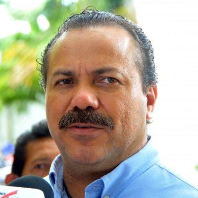 """Califica Julián Ricalde de """"tontería"""" petición de juicio político en su contra por deuda de anterior Alcalde"""