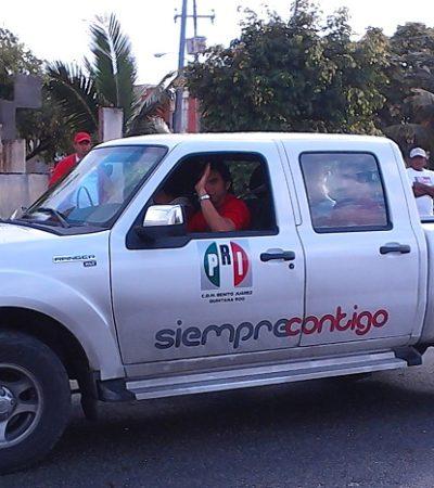 Fotografía a priistas montando el programa del Gobernador 'Basura por Alimento' en la Región 224 y recibe amenazas
