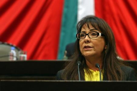 Salen PRI y PVEM en abierta defensa del 'Dragon Mart' y en redes sociales 'troles' lanzan ataques contra diputada Graciela Saldaña