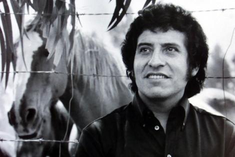 Ordenan la detención de ocho militares por el asesinato del cantautor chileno Víctor Jara en 1973