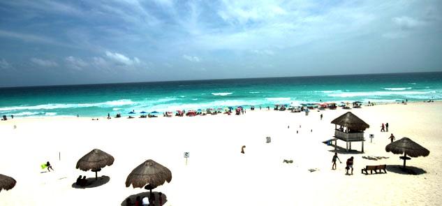 Para principios del 2013, la certificación de playa Delfines en Cancún