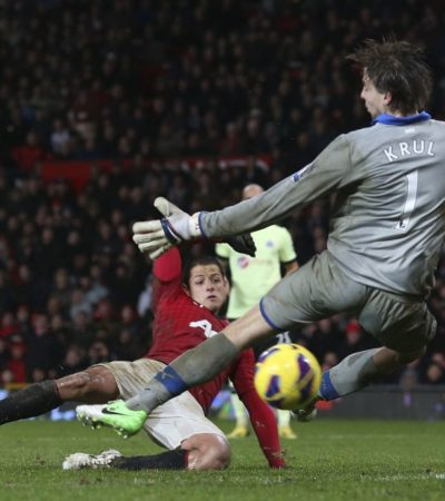 'Chicharito' lo vuelve a hacer: da la victoria al ManU con gol ante el Newcastle en el último minuto