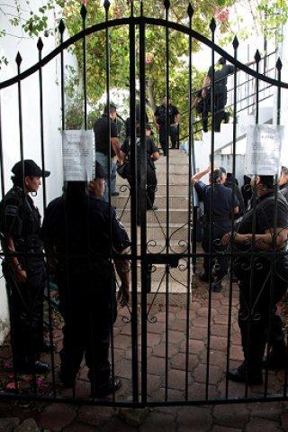 Toma Contraloría control del Instituto Municipal de la Mujer, queda bajo resguardo policiaco e inician auditoría