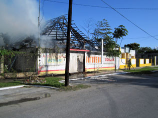Se quema el bar 'Xcalak' en Chetumal