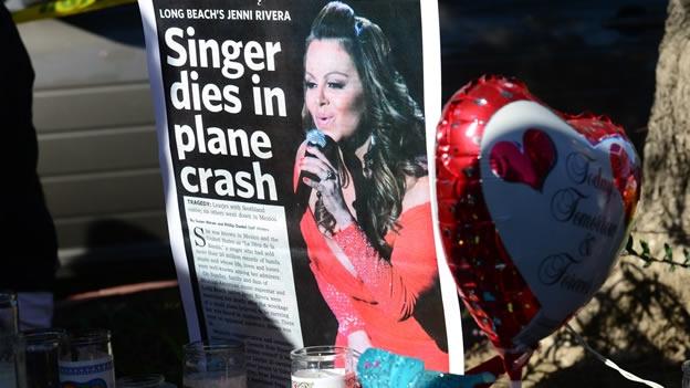 Llegan a California los restos de la cantante Jenni Rivera
