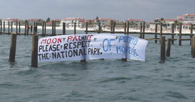 En la confusión del cambio de Gobierno, introducen delfines a instalaciones ilegales del Moon Palace en el parque arrecifes de Puerto Morelos y frustran clausura
