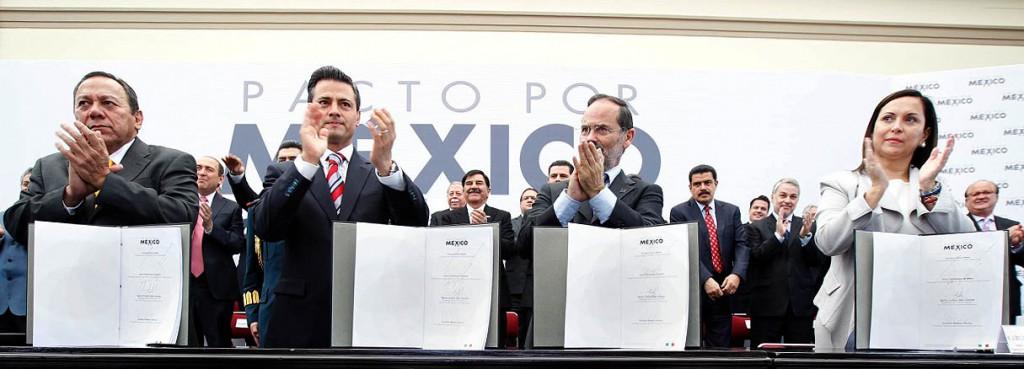"""Finalmente, firman Peña y el PRI """"Pacto por México"""" con PAN y PRD"""