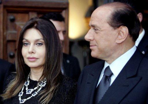 El costo de ser un coscolino: Pagará Berlusconi 36 millones de euros anuales a su ex mujer por el divorcio