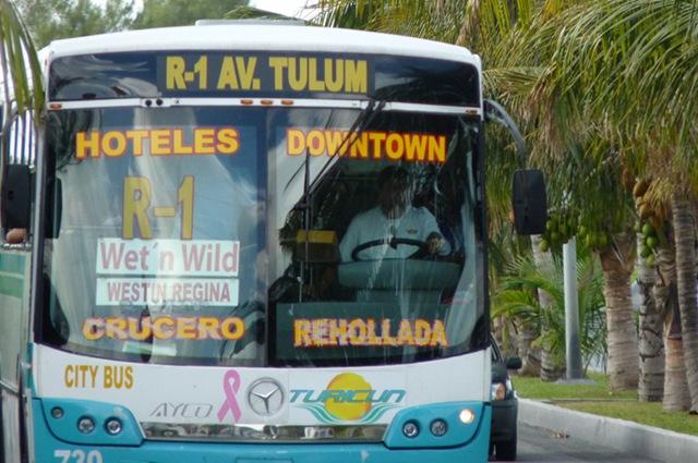 Anuncia regidor acuerdo entre concesionarias del transporte público para reducir el número de camiones en Cancún