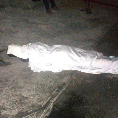 Cae turista canadiense de un segundo piso del hotel Great Parnassus en Cancún y muere