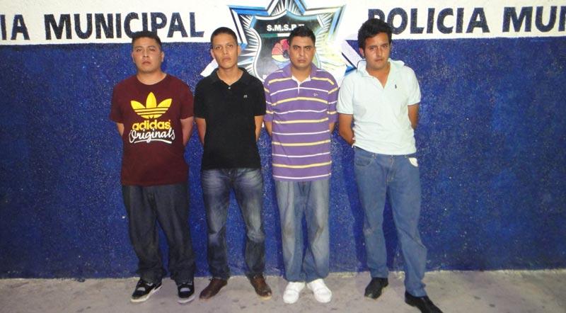 Detienen a 4 presuntos violadores en la Región 215: habrían abusado de mujer alcoholizada