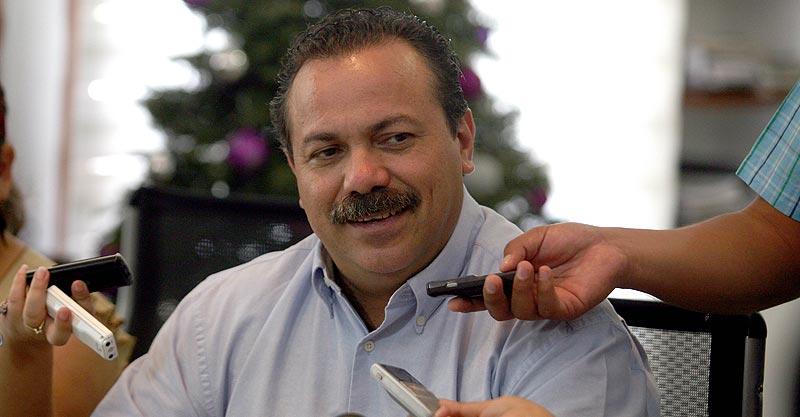 """¿Renunciar para buscar una diputación? """"A mí que me den por muerto"""", dice Alcalde Julián Ricalde"""