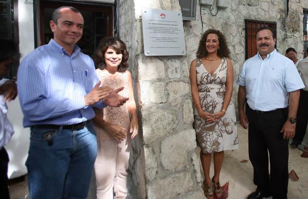 Brindan homenaje postumo a María Cristina Castro Sariñana