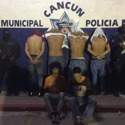 Ventilan que policías municipales presuntamente 'pusieron' a sicarios cuando iban a ejecutar a 'chapulines'
