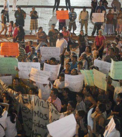 Arman borgistas protesta en el Ayuntamiento de BJ para pedir renuncia de jefe policiaco por detención de brigadistas