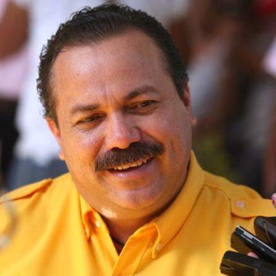 Manifestación contra jefe policiaco, estrategia para desestabilizar a Cancún: Julián Ricalde