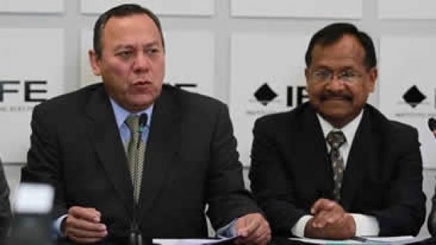 Demanda PRD remoción de consejero del IFE por exonerar al PRI del caso Monex y pretender aplicar multa a AMLO