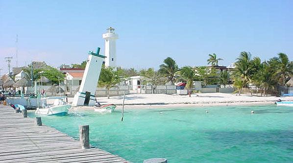Aprobar el regreso del uso de suelo THE abre las puertas para desarrollar zona de manglares de Puerto Morelos, advierten