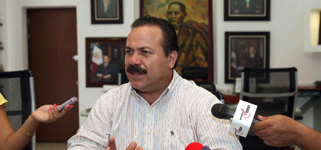 Presume Alcalde que dejará finanzas sanas en Cancún