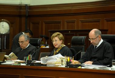 REVÉS AL SME: La Corte le niega amparo sobre patrón sustituto y CFE no tiene obligación de recontratar a ex trabajadores