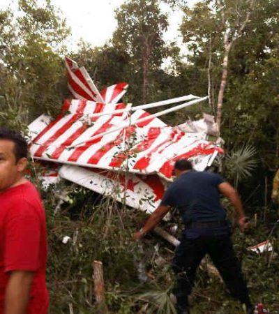 """ACCIDENTE AÉREO EN COZUMEL: Mueren el piloto de acrobacias Fred Cabanas y el conductor de Televisa Jorge """"Chori"""" López"""