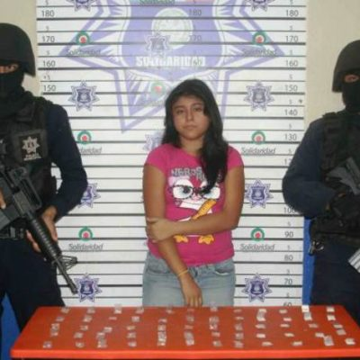 Cesan a policía municipal en Playa porque su novia fue detenida con 60 dosis de 'crack' y cocaína