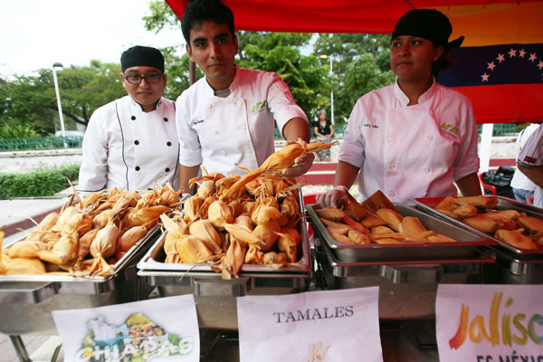 Un éxito la Primera Feria del Tamal Cancún 2013 en Plaza de la Reforma