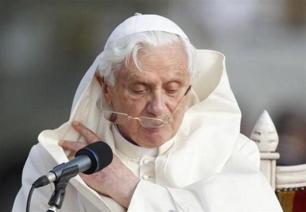 La 'desfigurada' cara de la Curia vaticana, entre las razones que llevaron a Benedicto XVI a renunciar