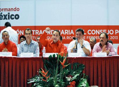BORGE, EL PARCIAL: Se pone Gobernador la camiseta del PRI y, de cara a la elección, llama a militantes a 'recuperar espacios'