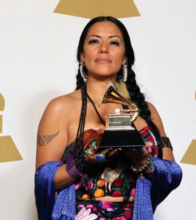 Juanes y Lila Downs, los latinos que ganan Grammy's