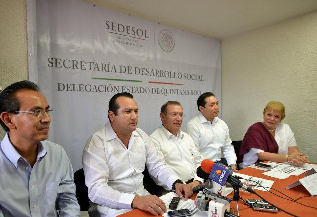 Oficializan entrega de la delegación de Sedesol a Fabián Vallado, secretario particular de Borge