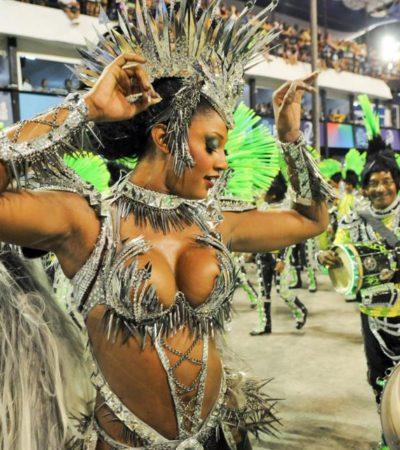 Deslumbra Brasil con sus carnavales; miles, en el Sambódromo de Río de Janeiro