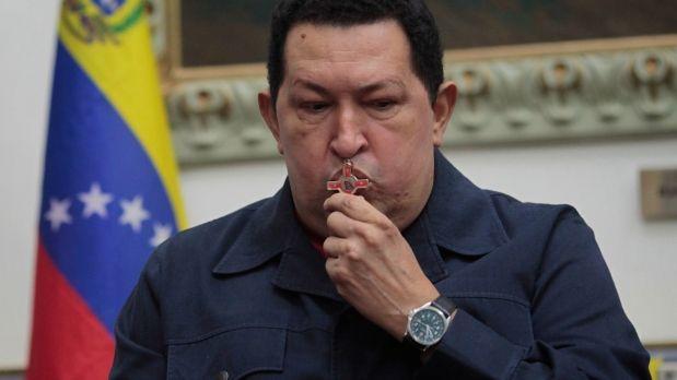Regresa Hugo Chávez a Venezuela