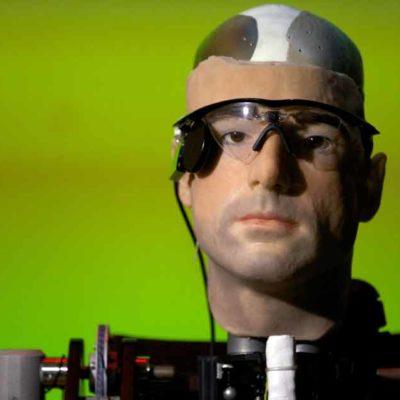 Presentan al primer humanoide con órganos artificiales, sangre sintética y extremidades que funcionan casi a la perfección