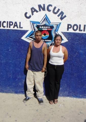 Detienen a pareja de extorsionadores en Puerto Morelos