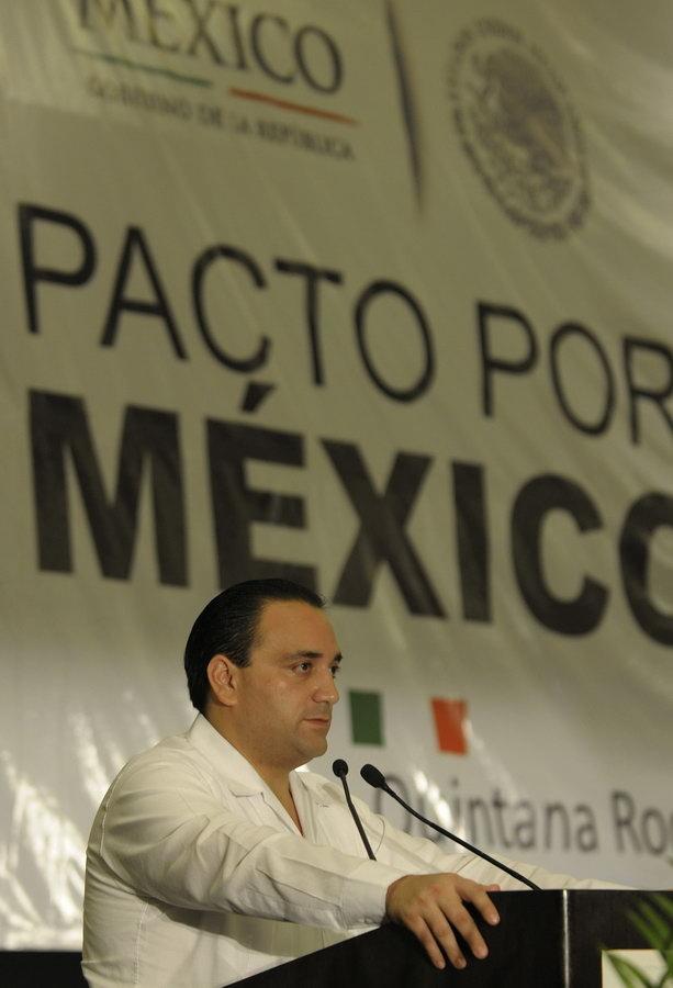 """Rechaza Borge suspender supuestos 'programas sociales' a cambio de dialogar con partidos: """"No seremos rehenes ni aceptaré chantajes"""", dice"""