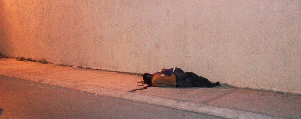 DESPIERTA CANCÚN CON VIOLENCIA: Con el tiro de gracia, ejecutan a 2 hombres en plena vía pública en la SM 523