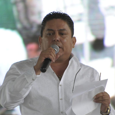 BALACERA EN CANCÚN: Se escuda Oliver Fabro en un comunicado de prensa; pide justicia para taxistas