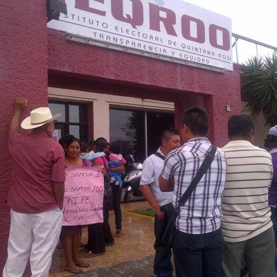 Se manifiestan frente al Ieqroo pobladores de la zona limítrofe