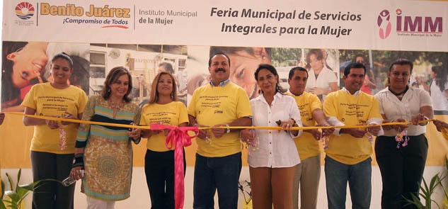Inaugura Julián Ricalde Primera Feria de Servicios Integrales para la Mujer