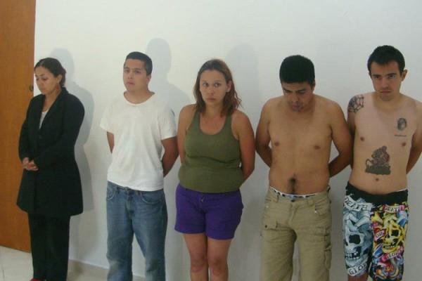 Detienen a otros 5 por robo a joyería en Cozumel; cae operadora del C-4; van 18 involucrados, pero el botín no aparece