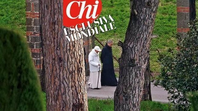 Publica revista las primeras imágenes de Benedicto XVI como Papa Emérito