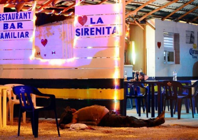 """BALACERA EN BAR DE CANCÚN: Confirma Procurador que líderes taxistas eran el blanco del ataque en """"La Sirenita"""""""
