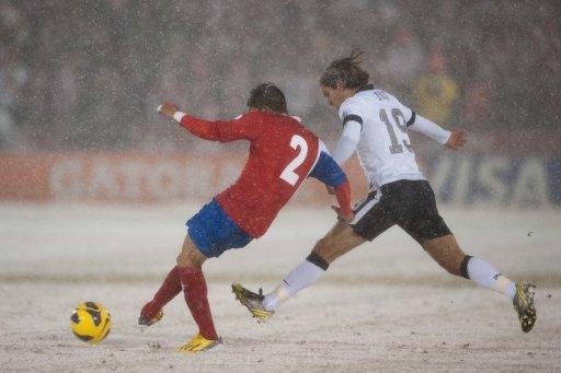 ELIMINATORIAS RUMBO AL MUNDIAL: Bajo la nieve, EU vence 1-0 a Costa Rica