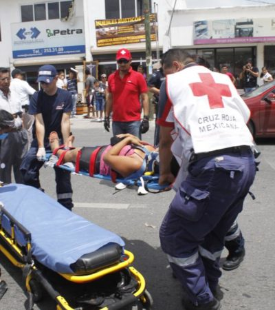 …y en Avenida Kabah atropellan a 2 mujeres por conductora distraída con el helicóptero