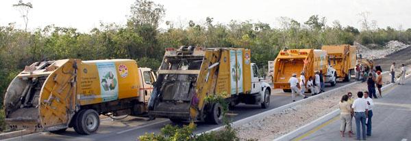 SURGEN MÁS ACREEDORES DE BORGE: Constructora reclama pago y bloquea el camino de acceso al nuevo relleno sanitario de Cancún