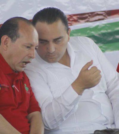 FOTOGALERÍA: Se enoja el Gobernador por falla de micrófono
